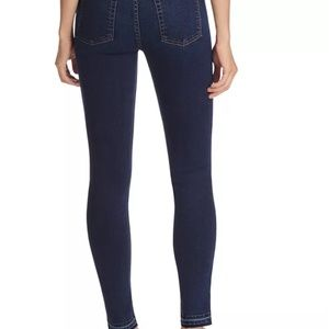 7ForAllMankind, High Rise Skinny, New with Tags!